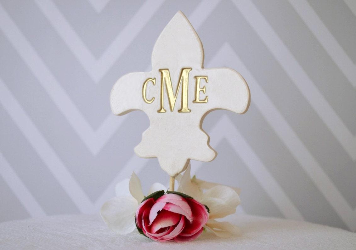 PERSONALIZED Fleur de lis Wedding Cake Topper in Gold