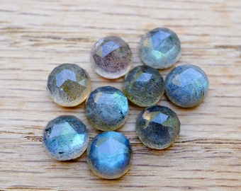 8mm AA rose cut labradorite cabochon. blue flash grey gemstone. gray cab flashy rose cut gem