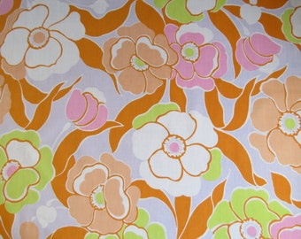 Vintage Sheet Fabric Fat Quarter - Purple Orange Green Large Floral - 1 FQ