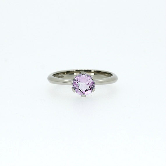 light purple amethyst engagement ring amethyst solitaire
