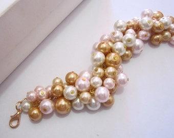 Pearl Bridesmaid Bracelet, Wedding Bridesmaid Jewelry, Cluster Bracelet, Pearl Bracelet, Bridesmaid Gift Ivory, Blush Pink, Gold & Champagne