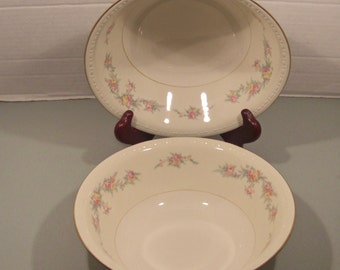 Homer Laughlin Countess Pattern - Eggshell Georgian Round Vegetable Serving Bowl - 1950s (2 Available)