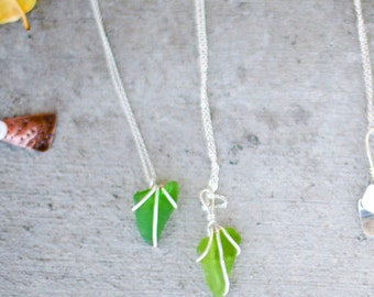 Beach Jewelry, Seaglass Sea necklace in green, brown or white