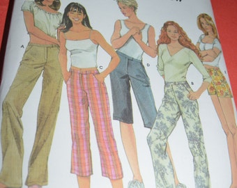 Simplicity 7196  Misses Pants in Three Lengths and Shorts in two Lengths Sewing Pattern - UNCUT - Sizes 6 8 10 12 or Sizes 14 16 18 20
