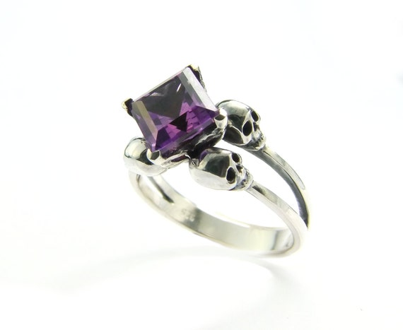 Skull Wedding Ring Memento Mori Ring Square Amethyst Sterling Jewel Skull Ring Purple Goth Engagement Ring Rockabilly Womens Ring All Sizes