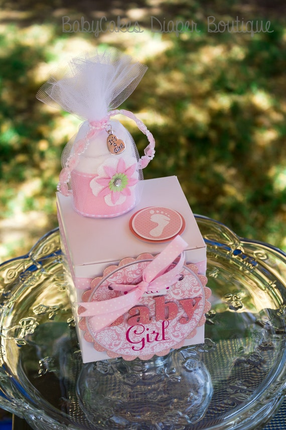Baby Shower Diaper Cake, Cupcake Gift Box For a New Baby Girl