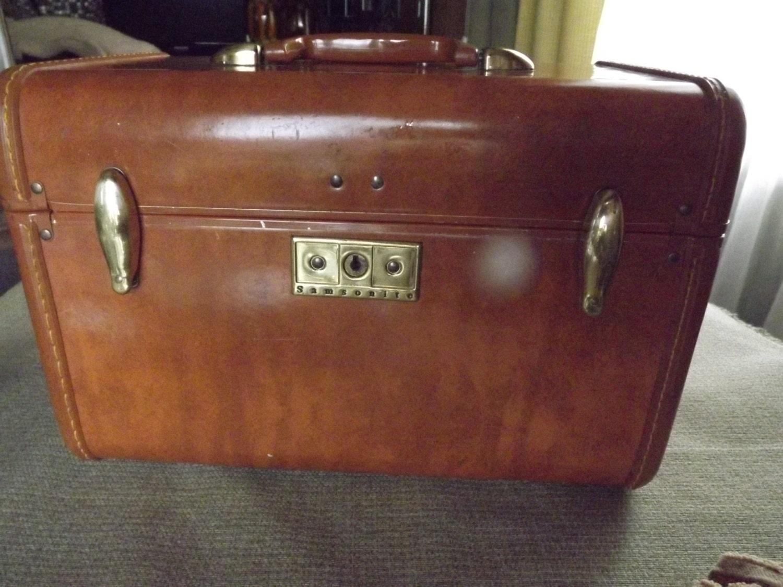 vintage samsonite makeup case. Black Bedroom Furniture Sets. Home Design Ideas