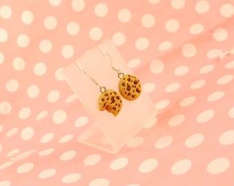 chocolate chip cookies dangle earrings - food jewelry