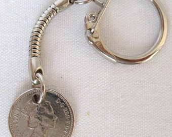 1997 British Five Pence Coin Keyring Key Chain Fob Queen Elizabeth II