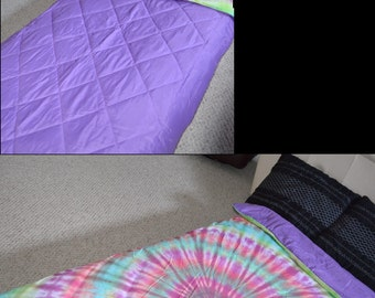 Reversible Twin Size Tie Dye Duvet