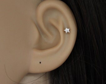 Sterling silver CZ star stud earring, tiny star earring, star cartilage, star tragus earring, tiny cartilage stud, tragus stud,
