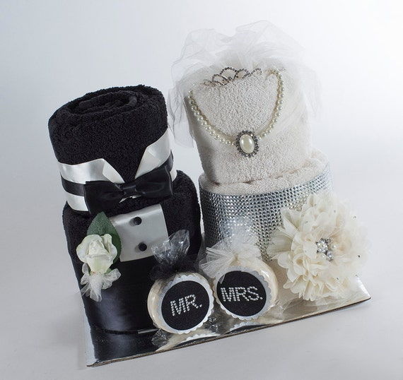 Towel Cake - Mr & Mrs Towel Cake - Bridal Shower Towel Cake - Bridal Shower Gift - Bridal Shower Centerpeice - Wedding Gift
