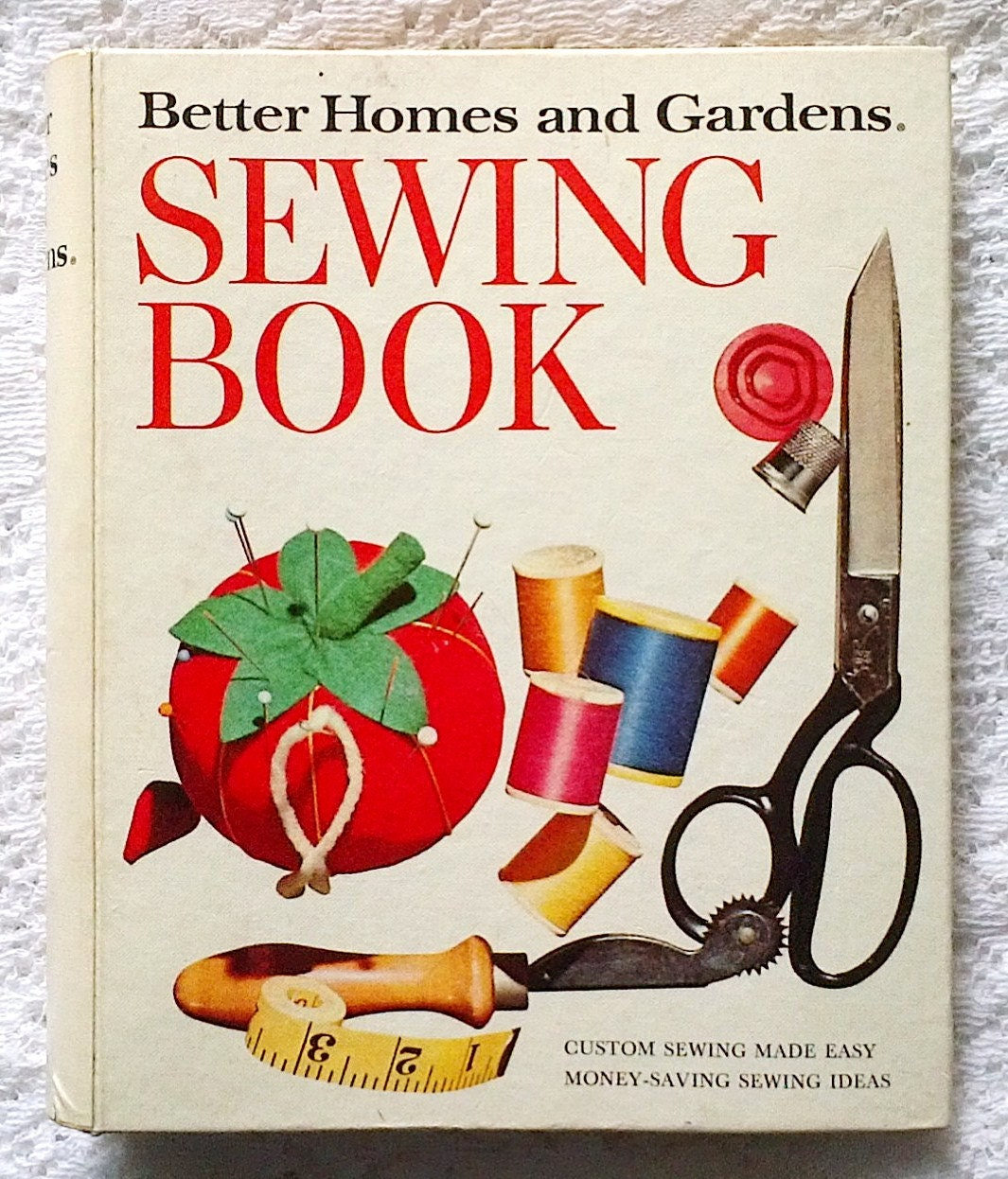 1974 Better Homes And Gardens Sewing Book Binder From