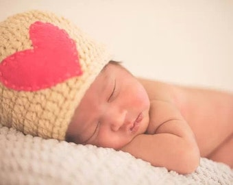 Chunky Heart Hat