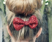 Small Glitter Hair Bow - Available in 30 Colours -  Sparkly hair bow, baby, alligator clip, Christmas Party, sparkle, 'Ruby' Red glitter bow