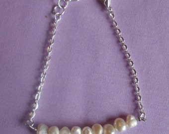 Freshwater Pearl and Chain Bracelet