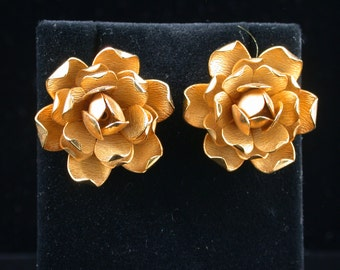 Vintage Vendome (Coro) Signed Goldtone Metal Lotus Flower Sculpted Earrings