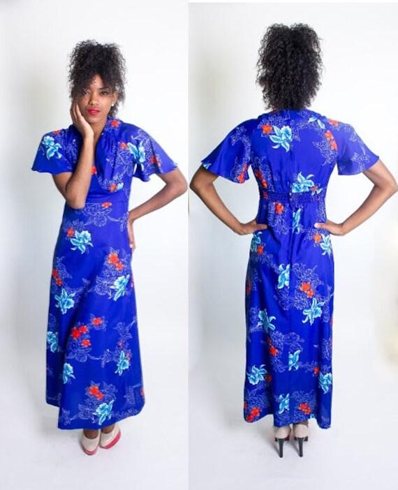 Vintage 1960's Royal Hawaiian Blue Floral Maxi Dress / Flutter Sleeves / Luau / Beach Party / Beach Blanket Bingo / Size Small