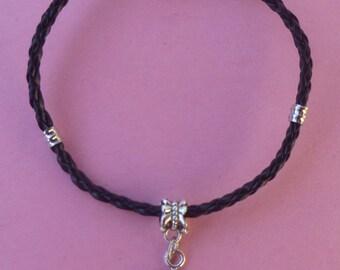 Magnetic Clasp Daisy Charm Bracelet