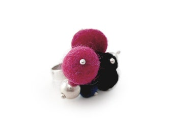 Fuchsia Ring, Silver and Wool Ring, Modern Ring Design, Wool Jewelry