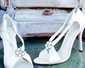 Limited Edition Bridal Shoes Embellished with Pearls