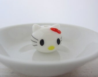 Hello Kitty Glass Bead #983R