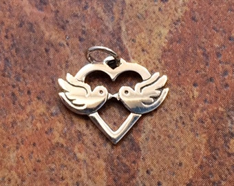 Love Birds Charm, Love birds Pendant, Bird Charm, Bird Pendant, Sterling Silver Charms, Kissing Birds, Love Birds in Heart, PS0199