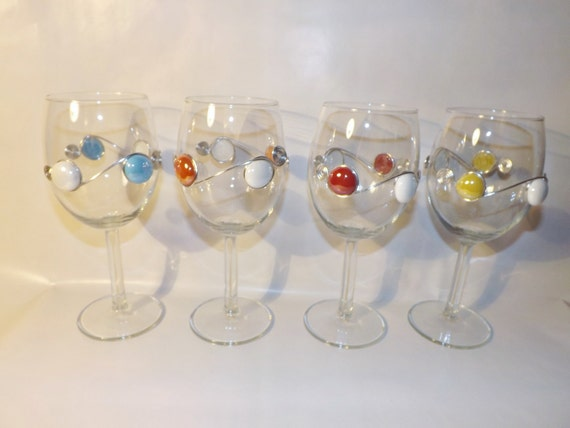 Beaded Wine Glasses-Set of 4, Wire Wrapped Wine Glass, Wine Charms, Barware, Custom Wine Glass, Colored Wine Glass