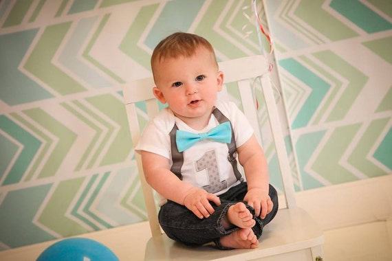 Choose best first birthday outfits and clothes for baby boys to dress them in style on their special day. It is a dream of every parent to make their baby's 1 st birthday the most wonderful and memorable day as it marks the completion of first year of your little boy.