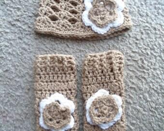 Leg Warmer Set.....Includes Light Brown Shell Stitch w/Flower Hat and Leg Warmers.  Sizes Newborn-12 Months.