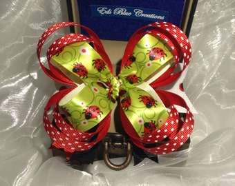 Ladybug on the Green Stackable Bowtique Bow