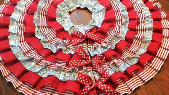 Items Similar To Burlap Ruffled Tree Skirt In Red And