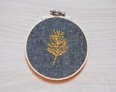 Embroidery Hoop Art / Feather / Handmade / Embroidered Wall Art
