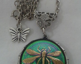 Czech Green Glass Dragonfly in Silver, Necklace = N130