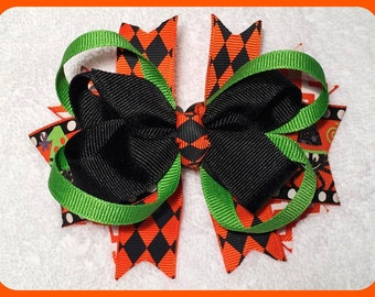 "5"" Handmade Stacked Boutique Hair Bow on Clip Green Orange Black Purple - Halloween Theme - CUTE!"