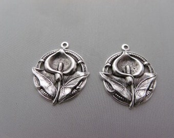 Calla Lilly Charm Jewelry making silver pair