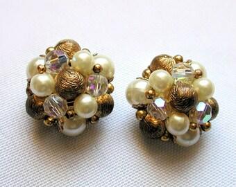 SALE! Vintage LISNER Earrings, Gold Tone Pearl Bead Vintage Earrings