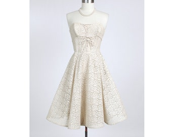1950's HATTIE CARNEGIE Cream Cotton Lace Party Cocktail Dress with Faille Lining 50's Wedding Designer Couture XS