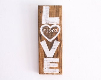 Wedding Decor Love Sign Reclaimed Wood Beach Wedding Reception Anniversary Vintage Rustic White Wedding Photo Prop Bridal Shower Mangoseed