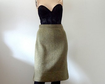 1960s Pencil Skirt / heather green knit skirt / vintage winter fashion