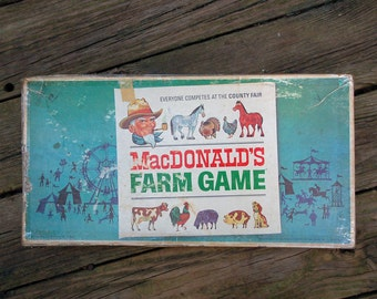 VINTAGE 1965 MacDonalds Farm Game Table Top Family Fun Board Selchow & Righter Original Box Cardboard County Fair Mid Century Art Easter