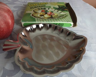 sale Chrome plate, leaf tray new in original box. Spoon rest.New old stock. jewelry holder. candy bowl.home decor. office decor.gift.