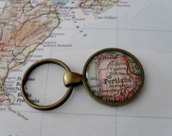 PORTLAND OREGON Map KEYCHAIN / Travel Souvenir / Portland Keychain / Portland Souvenir / Custom map Keychain / Map Jewelry / Oregon gift