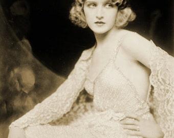 Dramatique ... 1920's Vintage Glamour Fashion Photo...Instant Digital DOWNLOAD