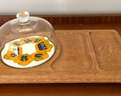 Glass dome flower pattern cheese hors d'oeuvre appetizer plate