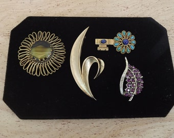 Vintage / Retro Collection of Brooches / Pins - Gold / Silver Toned, Rhinestones - Instant Mid Century Collection - Trafari, Capri, Various