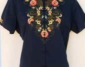 Gorgeous Vintage Asian Embroidered Blouse Top Short Sleeve Navy Blue Floral