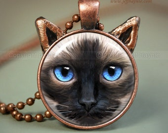 Siamese Cat Jewelry // Cat Necklace pendant // Ragdoll Siamese resin pendant // Sealpoint Cat jewelry // Cat lovers // SI5