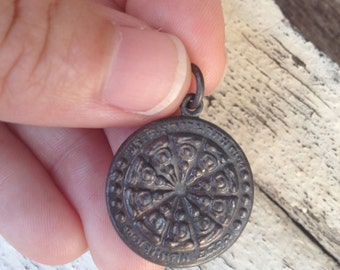 Two-Sided Small Round Thai Buddha Amulet Pendant / Thai Amulet / Buddha Amulet / Amulet / Buddha Charm