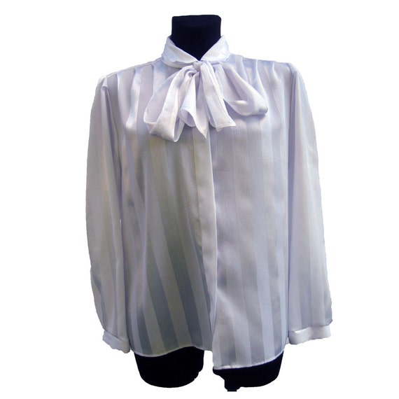 Womens White Bow Tie Blouse 109